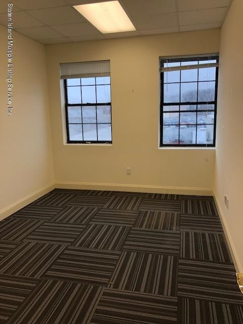 Additional photo for property listing at 4366 Victory Boulevard  Staten Island, New York 10314 United States