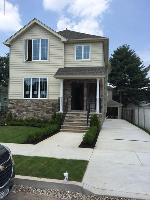 Two Family - Detached 281 Mallory Avenue  Staten Island, NY 10305, MLS-1116831-5