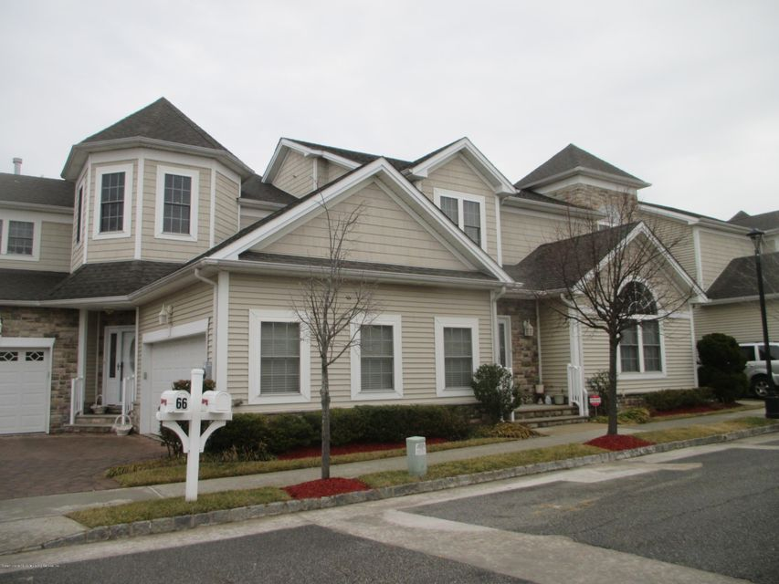 Single Family - Attached in Charleston - 68 Tiller Court  Staten Island, NY 10309