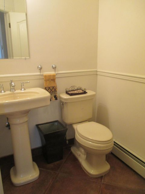 Single Family - Attached 68 Tiller Court  Staten Island, NY 10309, MLS-1116646-6