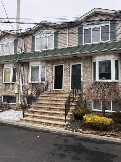 Single Family - Attached in West Brighton - 21 Lyceum Court  Staten Island, NY 10310