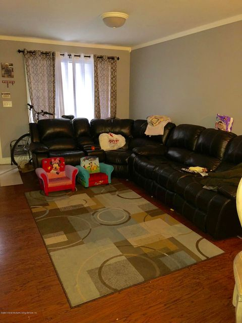 Single Family - Attached 21 Lyceum Court  Staten Island, NY 10310, MLS-1116821-2