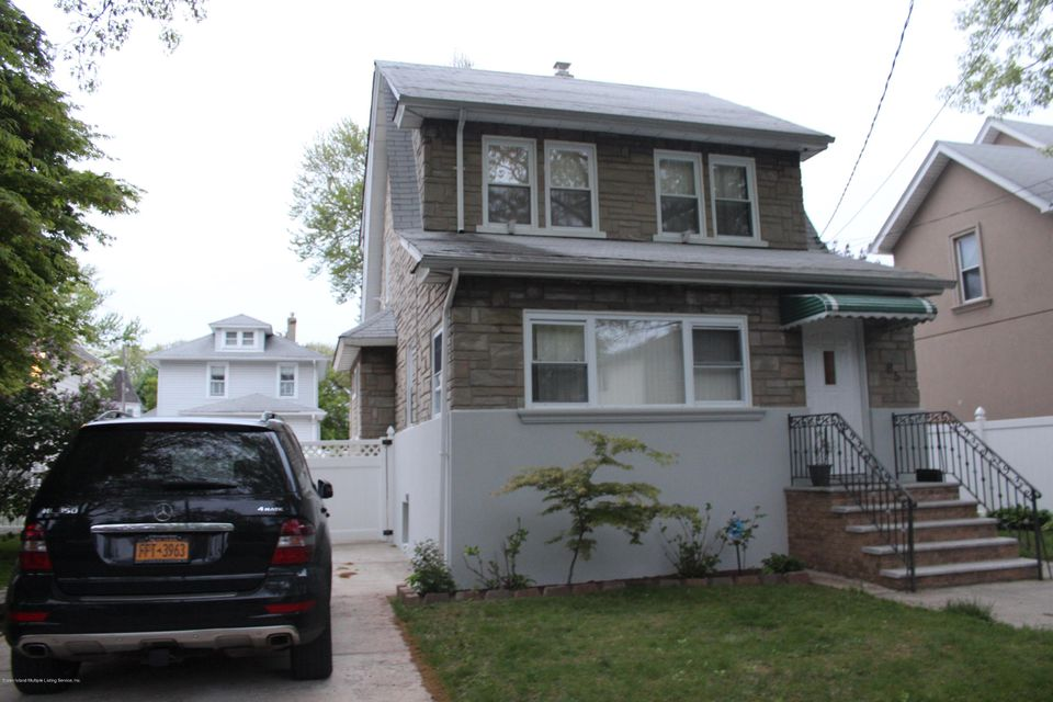 Single Family - Detached in New Dorp - 85 Burbank Avenue A  Staten Island, NY 10306