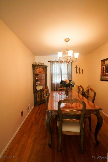 Single Family - Semi-Attached 69 Jaffe Street  Staten Island, NY 10314, MLS-1116790-11