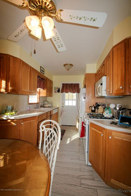 Single Family - Semi-Attached 69 Jaffe Street  Staten Island, NY 10314, MLS-1116790-13