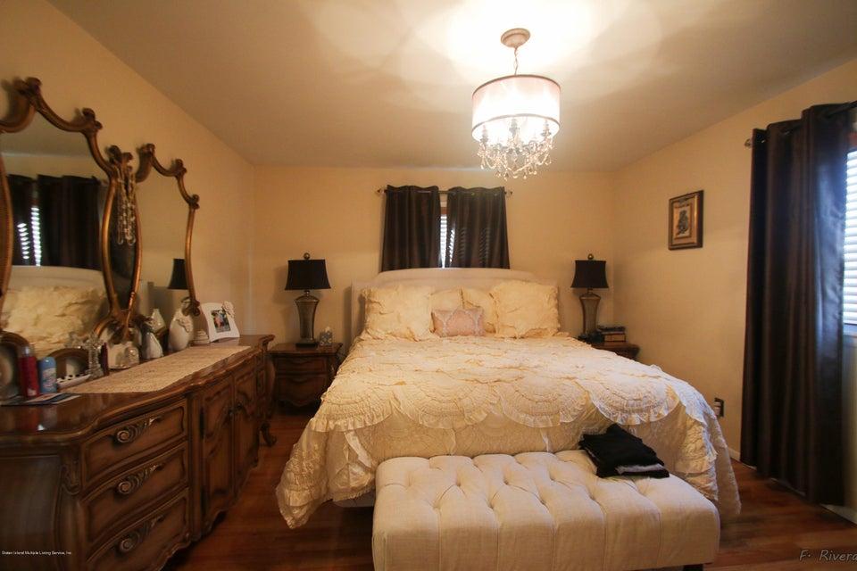 Single Family - Semi-Attached 69 Jaffe Street  Staten Island, NY 10314, MLS-1116790-14
