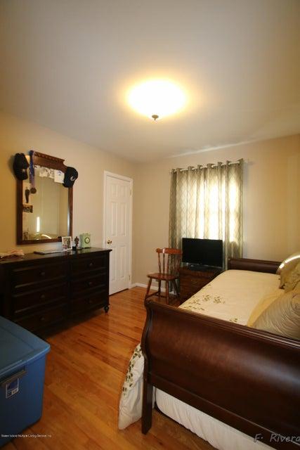 Single Family - Semi-Attached 69 Jaffe Street  Staten Island, NY 10314, MLS-1116790-17