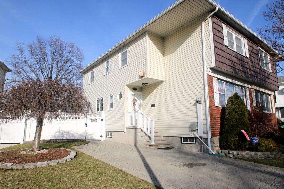 Single Family - Semi-Attached 69 Jaffe Street  Staten Island, NY 10314, MLS-1116790-3