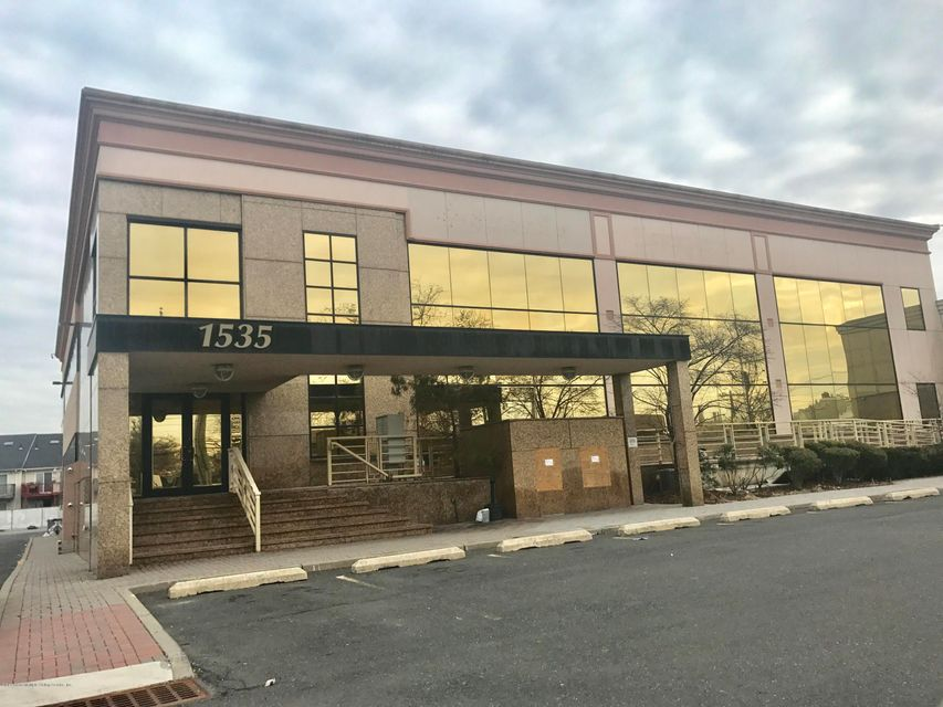Commercial for Rent at 1535 Richmond Avenue Staten Island, New York 10314 United States