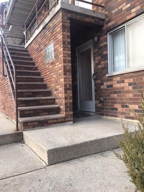 Single Family Home for Rent at 93 Narrows Road Staten Island, 10305 United States