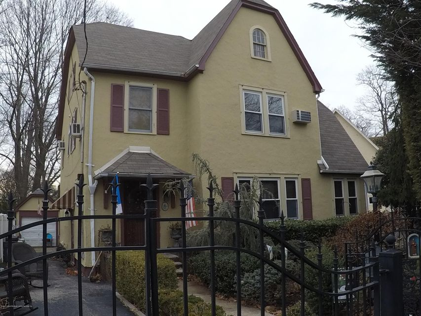 Single Family Home for Sale at 36 City Boulevard Staten Island, New York 10301 United States