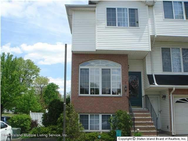 Single Family - Semi-Attached in Rossville - 15 Schindler Court  Staten Island, NY 10309