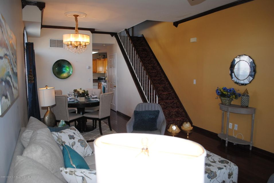 Single Family - Semi-Attached 15 Schindler Court  Staten Island, NY 10309, MLS-1116928-3