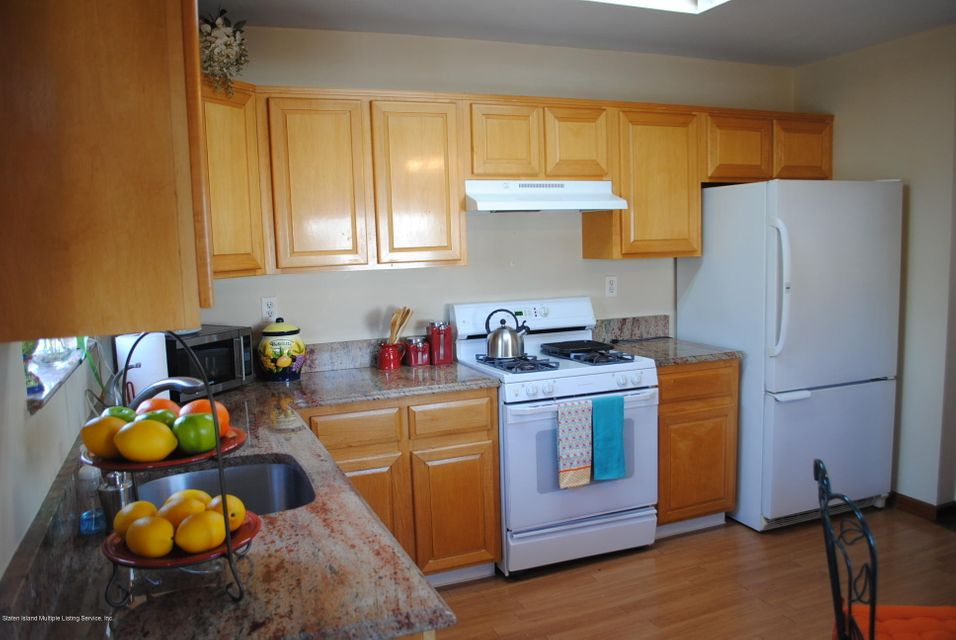 Single Family - Semi-Attached 15 Schindler Court  Staten Island, NY 10309, MLS-1116928-11