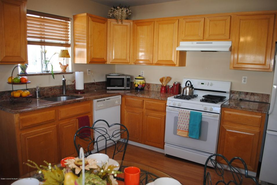 Single Family - Semi-Attached 15 Schindler Court  Staten Island, NY 10309, MLS-1116928-13