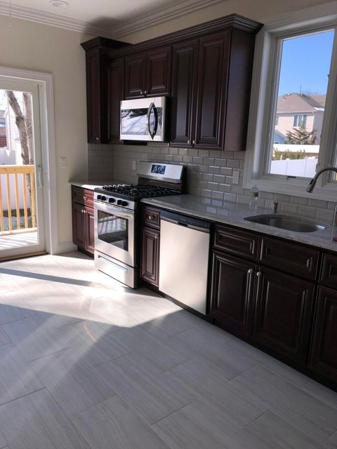 Two Family - Detached 230 Pacific Avenue  Staten Island, NY 10312, MLS-1115906-13