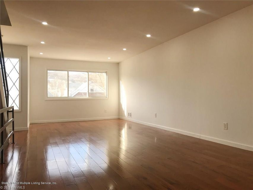 Single Family - Attached 323 Oder Avenue  Staten Island, NY 10304, MLS-1116975-3