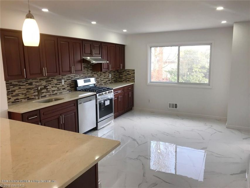Single Family - Attached 323 Oder Avenue  Staten Island, NY 10304, MLS-1116975-8