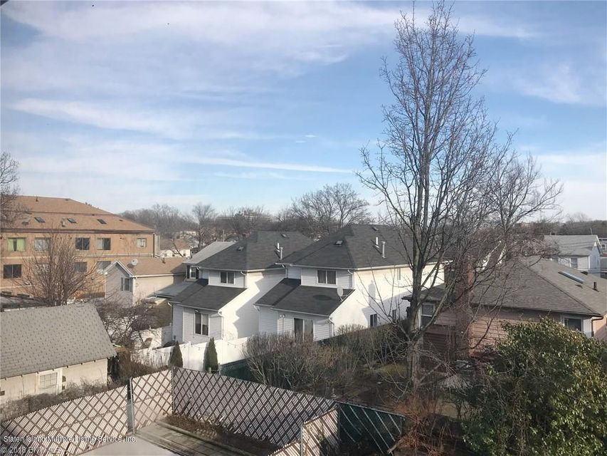 Single Family - Attached 323 Oder Avenue  Staten Island, NY 10304, MLS-1116975-22