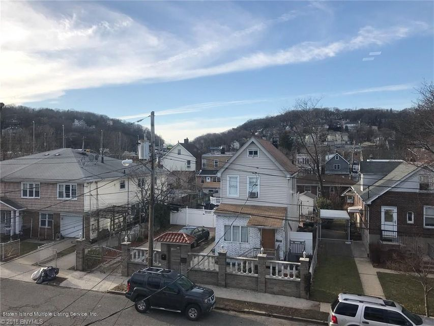 Single Family - Attached 323 Oder Avenue  Staten Island, NY 10304, MLS-1116975-23