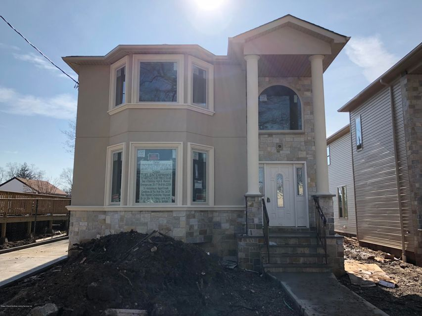 Single Family Home for Sale at 394 Clarke Avenue Staten Island, New York 10306 United States