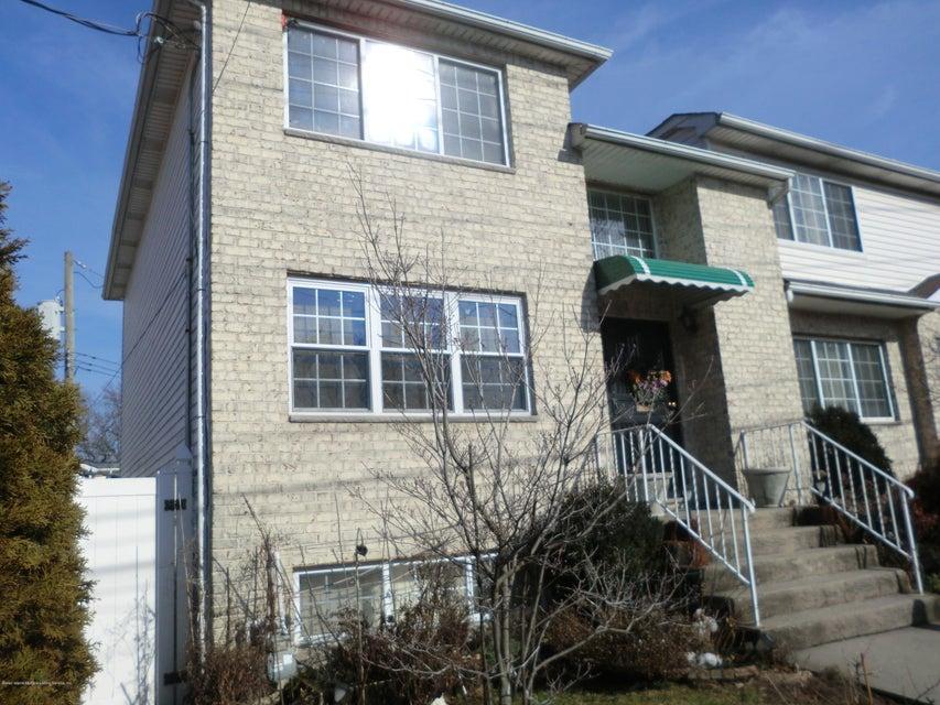Single Family - Semi-Attached 831 Tompkins Avenue  Staten Island, NY 10305, MLS-1116913-2