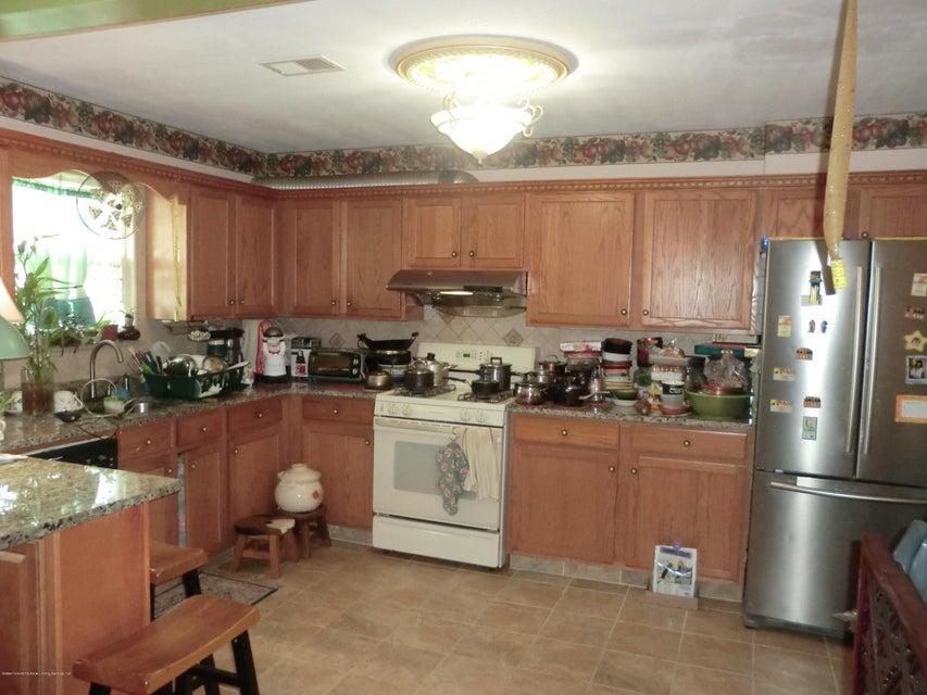 Single Family - Semi-Attached 831 Tompkins Avenue  Staten Island, NY 10305, MLS-1116913-6