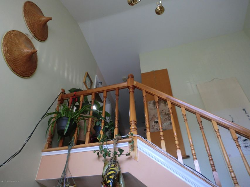 Single Family - Semi-Attached 831 Tompkins Avenue  Staten Island, NY 10305, MLS-1116913-8