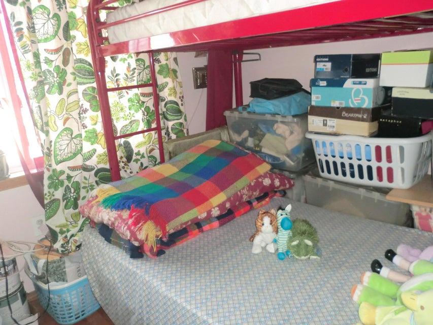 Single Family - Semi-Attached 831 Tompkins Avenue  Staten Island, NY 10305, MLS-1116913-12