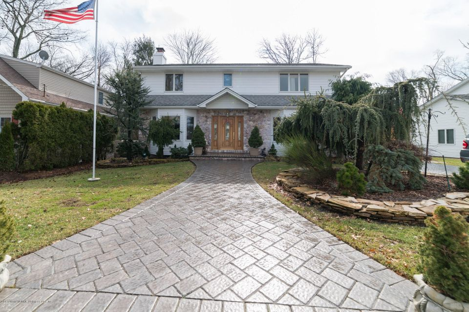 Single Family - Detached 38 Stevenson Place  Staten Island, NY 10309, MLS-1117175-2