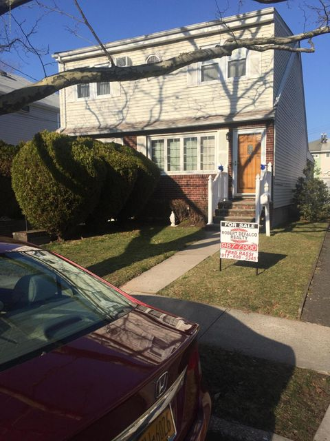 Single Family Home for Sale at 31 Cranford Street Staten Island, New York 10308 United States