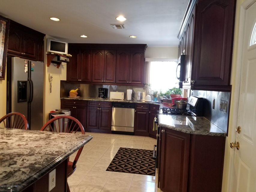 Single Family - Detached 111 Coale Avenue  Staten Island, NY 10314, MLS-1117041-6