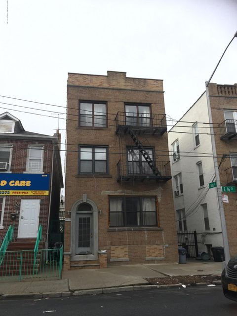 Additional photo for property listing at 2768 16 Street  Brooklyn, New York 11235 United States