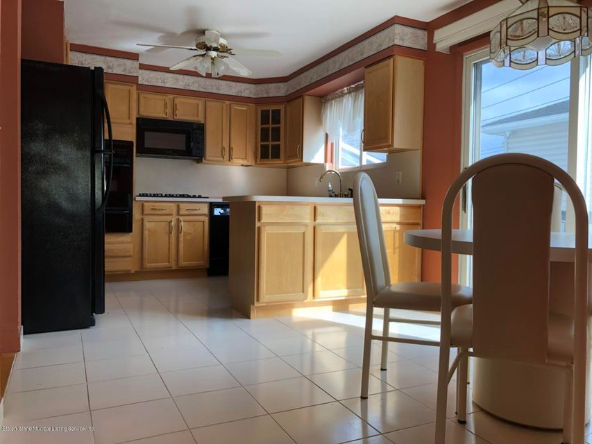 Additional photo for property listing at 47 Rivington Avenue  Staten Island, New York 10314 United States