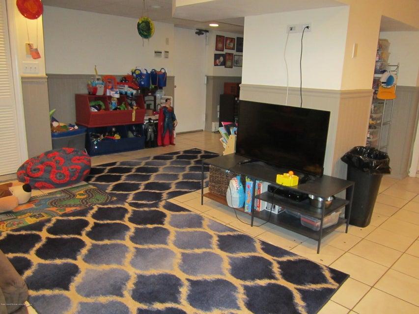 Single Family - Detached 140 Cromwell Avenue  Staten Island, NY 10304, MLS-1117106-11