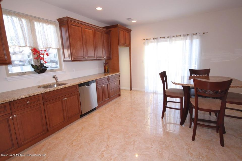 Single Family - Semi-Attached 15 Lemon Drop Court  Staten Island, NY 10309, MLS-1117132-8