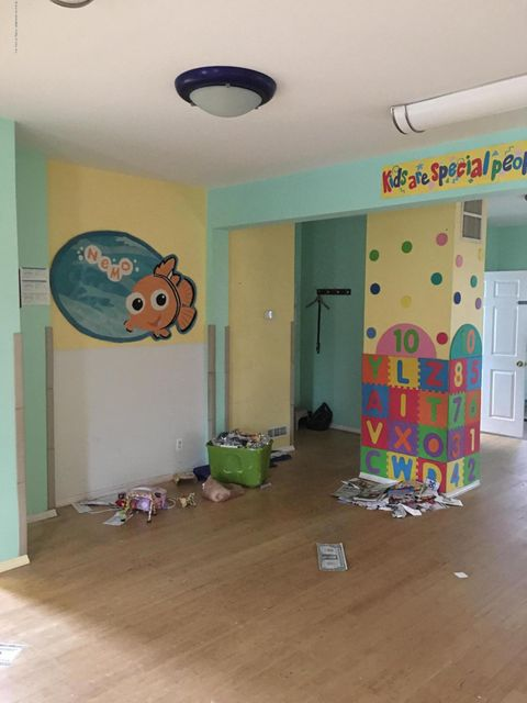 Single Family - Detached 4239 Richmond Avenue  Staten Island, NY 10312, MLS-1116011-5