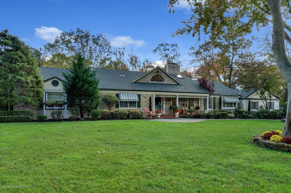 Single Family - Detached in Colts Neck - 3 Williamsburg South   Colts Neck, NY 07722