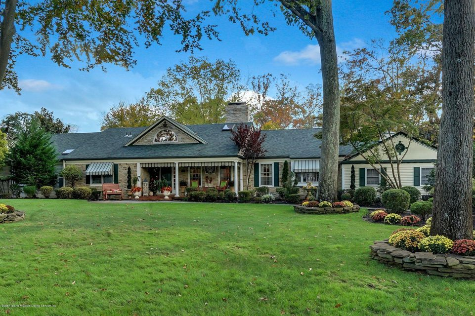 Single Family - Detached 3 Williamsburg South   Colts Neck, NY 07722, MLS-1117138-2