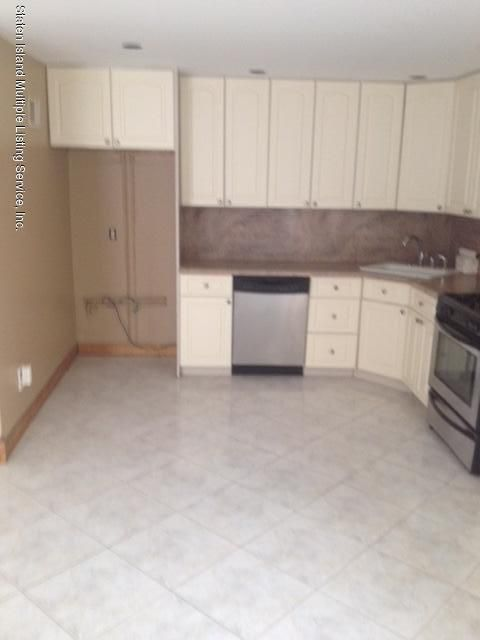 Additional photo for property listing at 21 Holcomb Avenue  Staten Island, New York 10312 United States