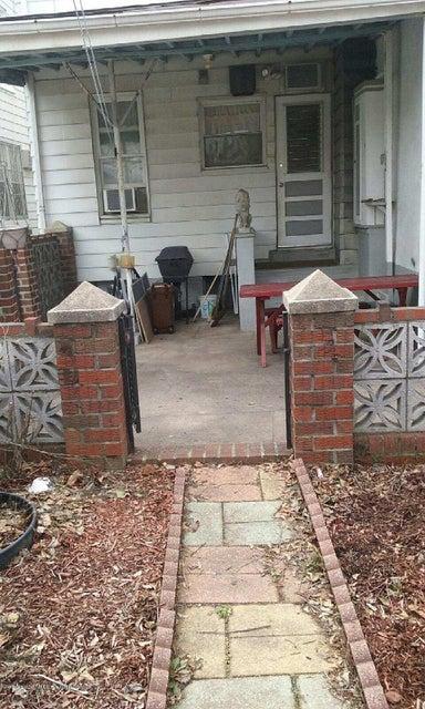 Single Family - Semi-Attached 2035 5th Street  Brooklyn, NY 11223, MLS-1117214-3