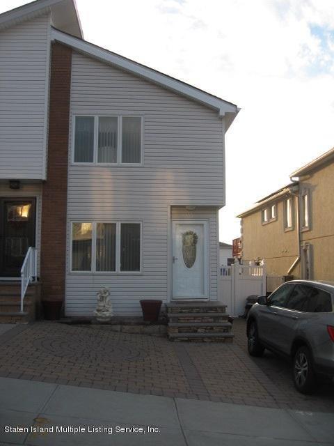 Single Family - Semi-Attached 44 Hewitt Avenue  Staten Island, NY 10301, MLS-1117233-2