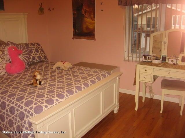 Single Family - Semi-Attached 44 Hewitt Avenue  Staten Island, NY 10301, MLS-1117233-18