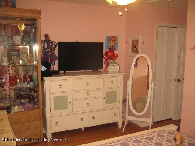 Single Family - Semi-Attached 44 Hewitt Avenue  Staten Island, NY 10301, MLS-1117233-19