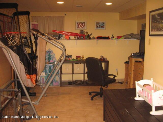 Single Family - Semi-Attached 44 Hewitt Avenue  Staten Island, NY 10301, MLS-1117233-27