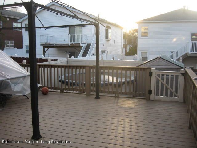 Single Family - Semi-Attached 44 Hewitt Avenue  Staten Island, NY 10301, MLS-1117233-29