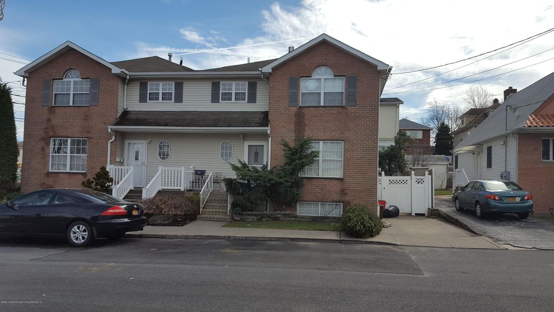 Single Family - Semi-Attached in Sunnyside - 6 Cattaraugus Street  Staten Island, NY 10301