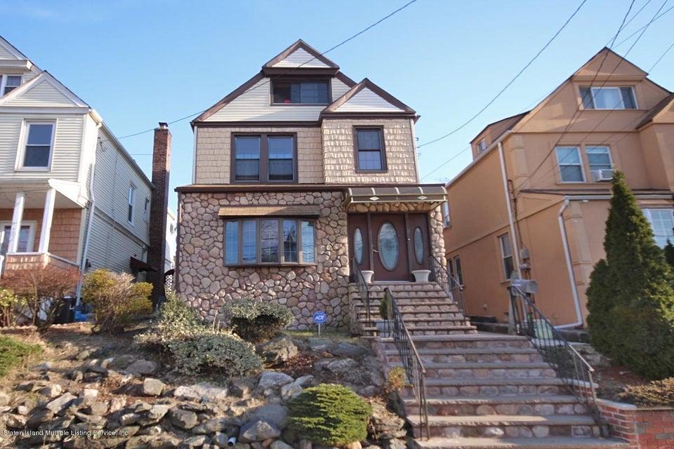 Single Family - Detached in Rosebank - 38 Scarboro Avenue  Staten Island, NY 10305