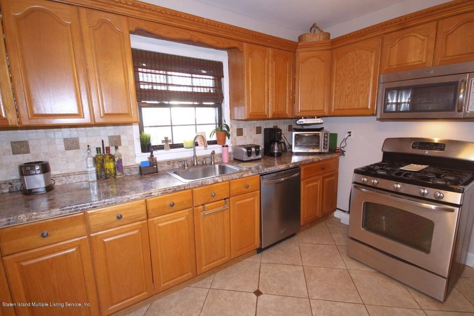 Single Family - Detached 38 Scarboro Avenue  Staten Island, NY 10305, MLS-1117288-7