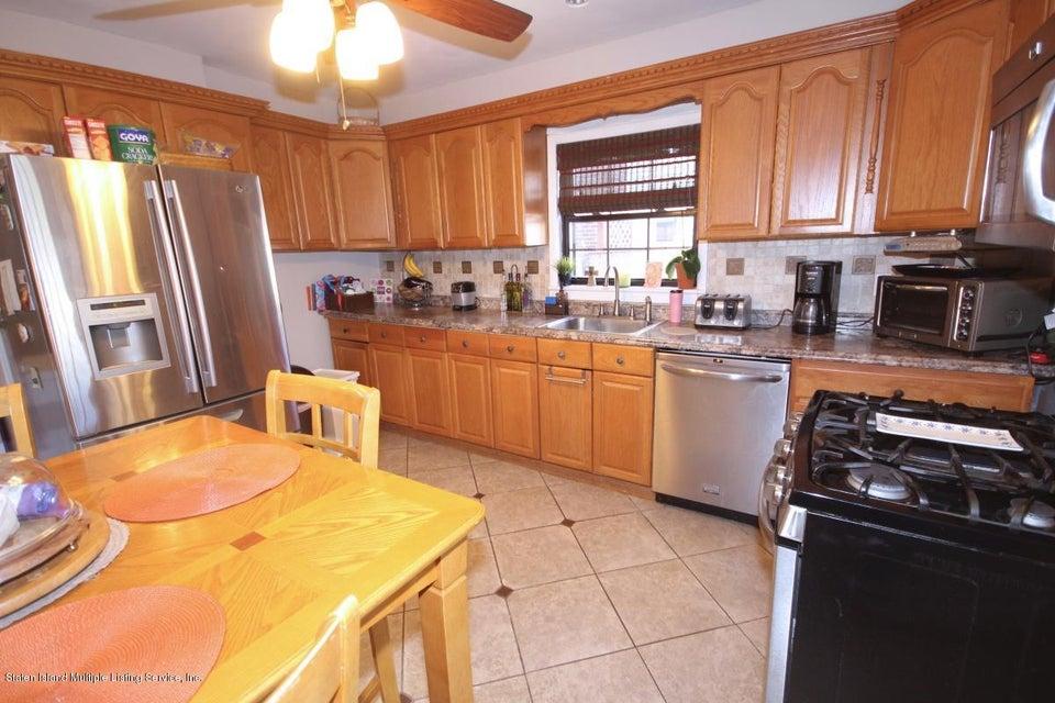 Single Family - Detached 38 Scarboro Avenue  Staten Island, NY 10305, MLS-1117288-8